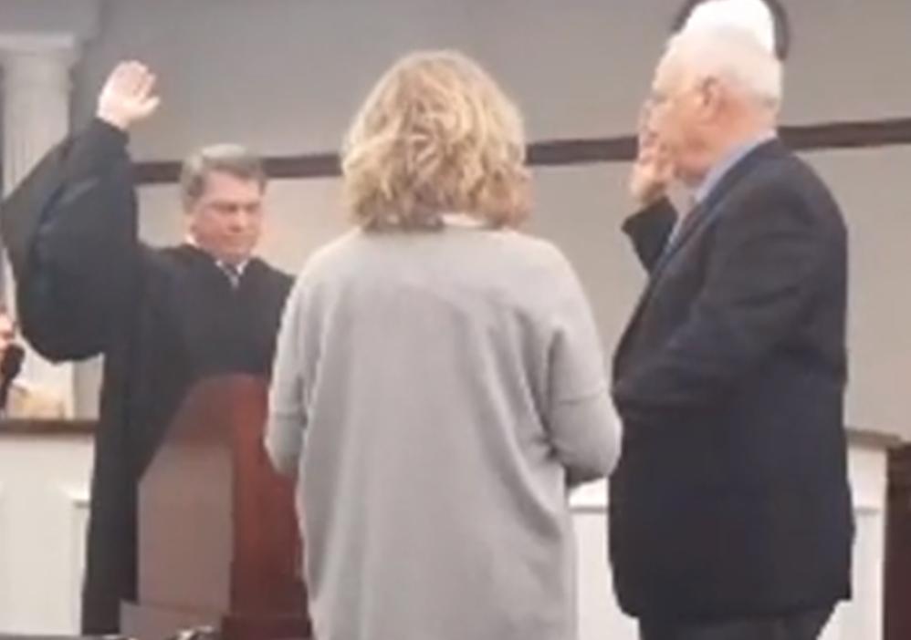 Dean Vonderheide Sworn in Friday as Jasper's New Mayor