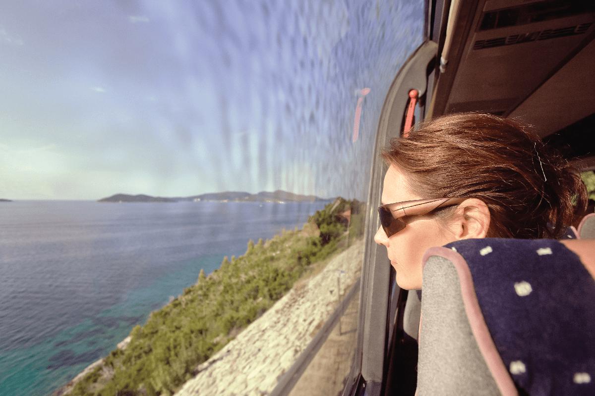 BUSOLINEA - 15 razones para viajar en autobús
