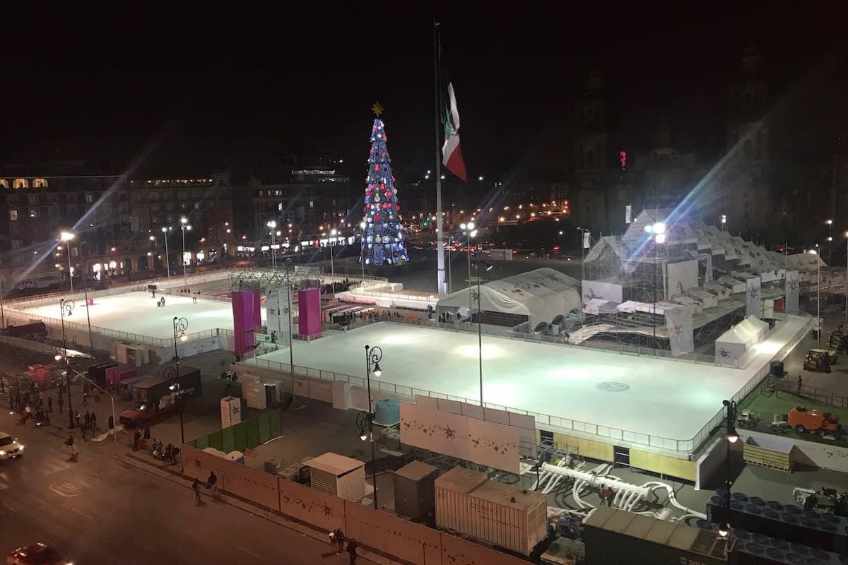 BUSOLINEA - Lánzate a la pista de hielo de la Ciudad de México - Foto: Twitter / Gobierno de la Ciudad de México