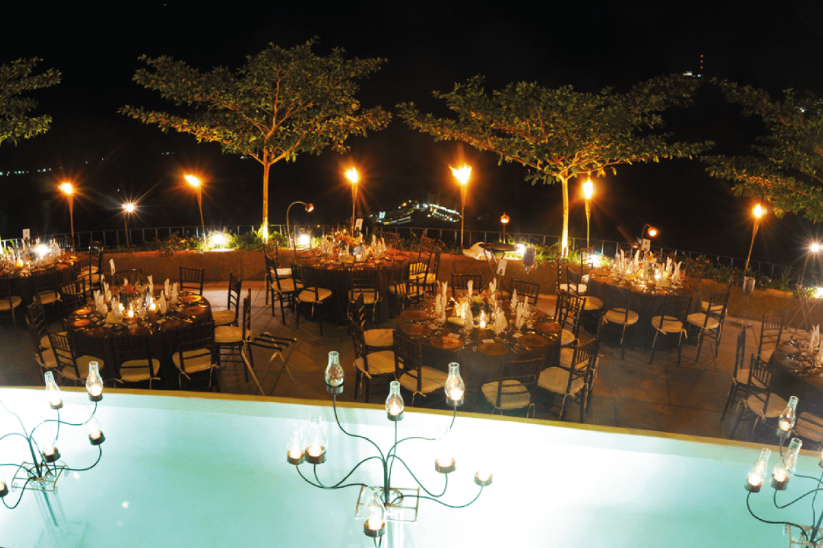 BUSOLINEA - Restaurantes en Acapulco