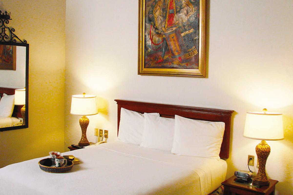 BUSOLINEA - Hoteles en Morelia