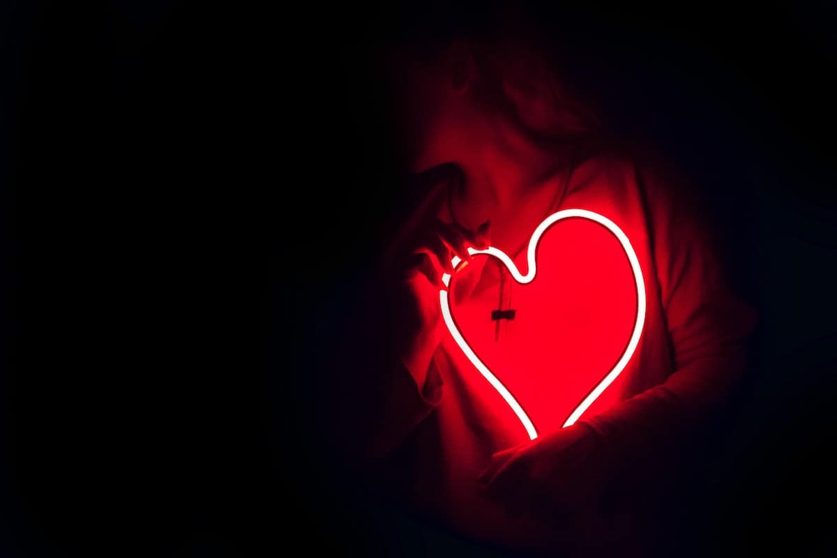 BUSOLINEA - 5 destinos para curar un corazón roto