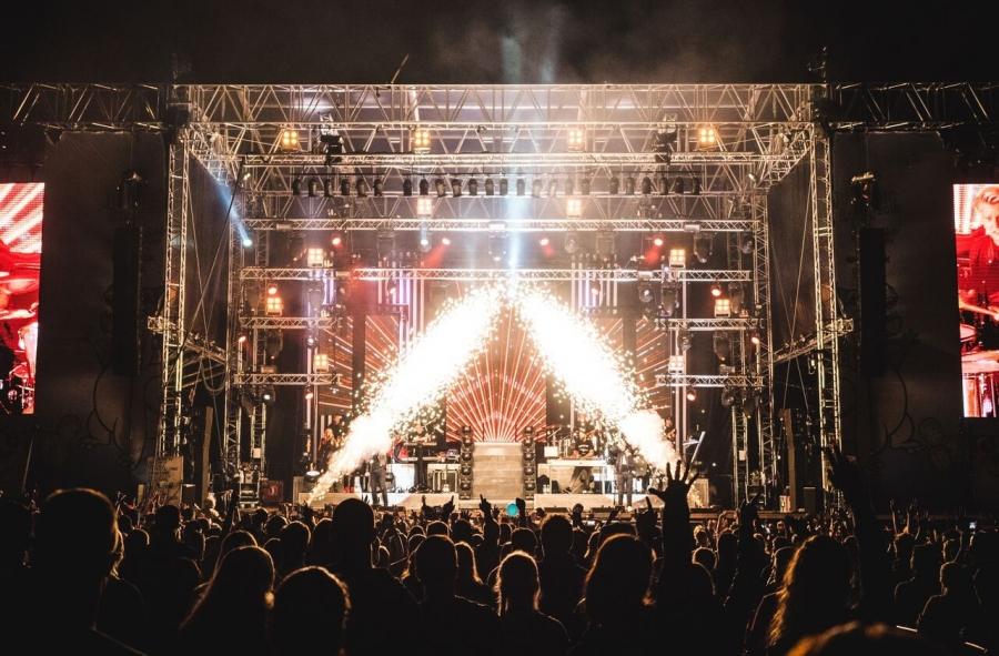 PERUUTETTU!! Bad Religion @ Jurassic Rock - kuljetus konserttiin  2
