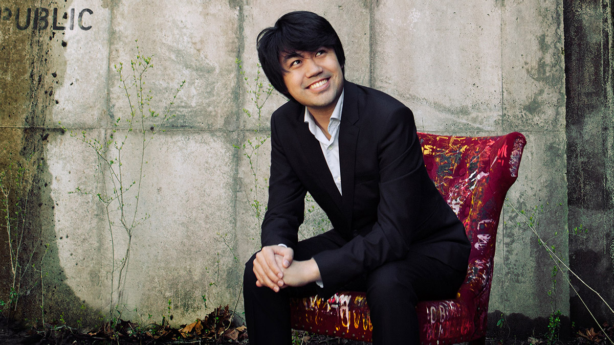 Indianapolis Chamber Orchestra: Happy Birthday Mozart: Sean Chen, Piano