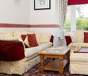 Rosscourt guest lounge