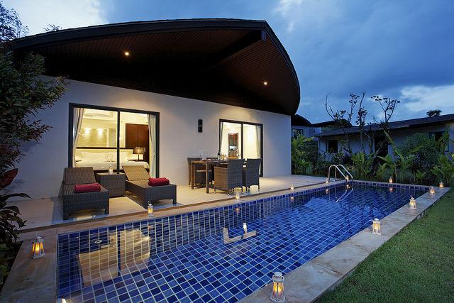 Schwimmingpool fur den garten  Phuket Beach Resort & Hotel - The Village, Coconut Island, Thailand