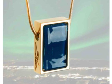 Wall_northern_lights_necklace
