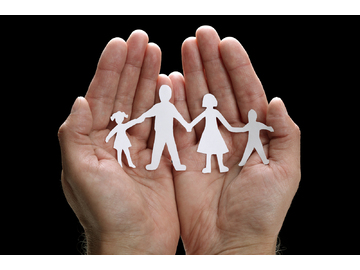 Wall_bigstock-cutout-paper-chain-family-with-16555013
