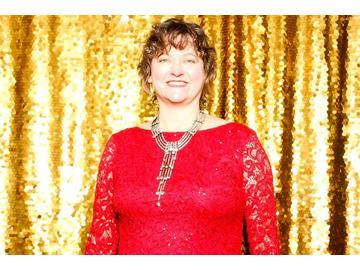 Wall_olympia_medium_big_smile_red_dress_ewomen_dec_2019_phab_photobooth-52