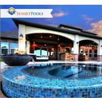 Square_luxury-pool-builder-cypress