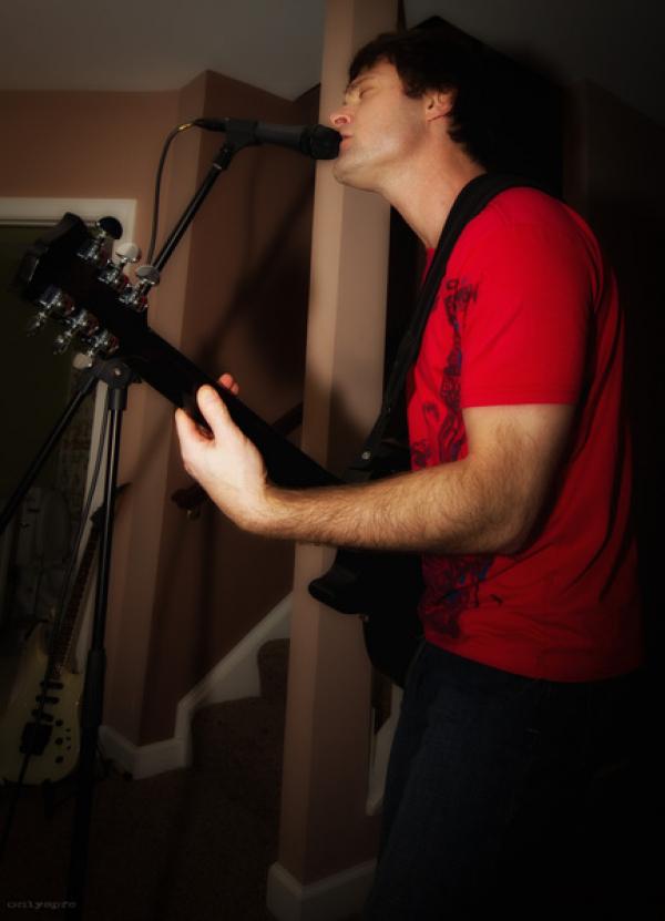 Keith singing R&R
