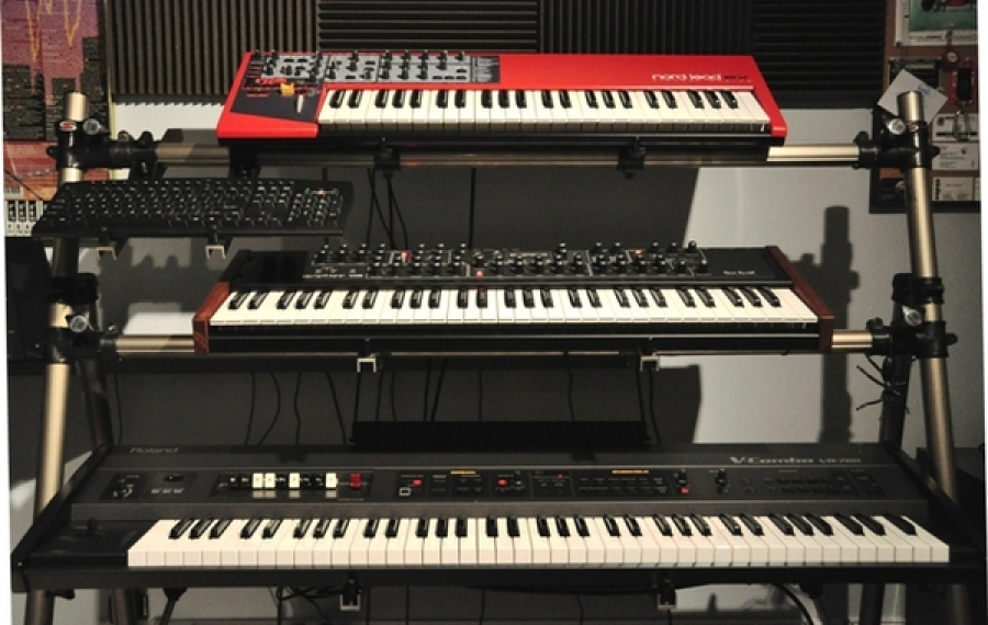 Nord Lead 2X, Dave Smith Prophet '08, Roland VR-700 (2011)