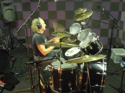 Neil, laying down his parts in The Studio .