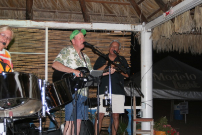 Mark Mulligan sitting in on a couple songs at La Palapa Griego Bar San Carlos. What a privilege it was to have him sit in.