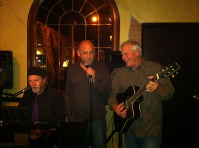 <p>3 amigos.. me & Frank with John singing some JC...  </p>