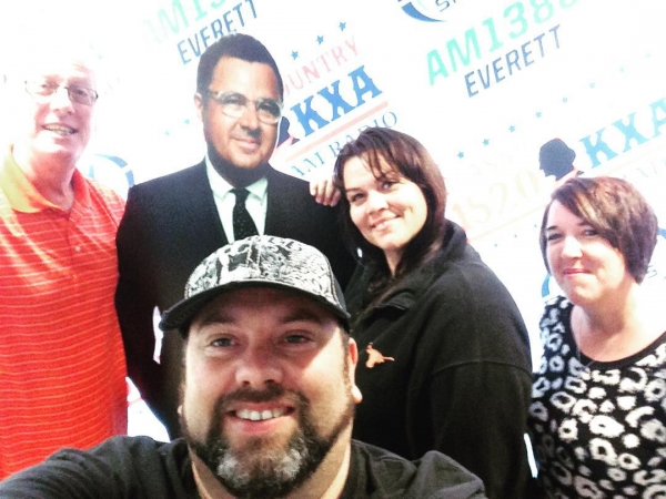 After a show with Fox Sports Radio, We snuck in a photo opp with Stitch Mitchell and Vince Gill