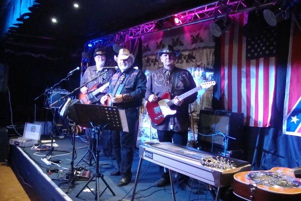 <p>&nbsp;The Tavern &nbsp;Brean Somerset</p>