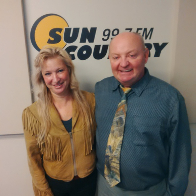 Sun Country Radio in High River with Charlie Brown