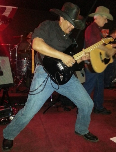 <p>Joey Cota - Lead Guitar</p>