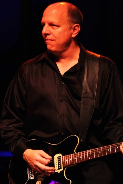 Mike Anthus - Electric, Acoustic Guitars