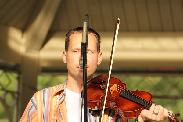 Jason Shaw   Fiddle
