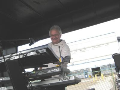 Joe at the 2009 Ford Fund Raiser