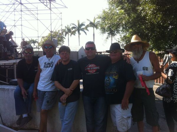 Big Vince and the Trailer Holders!!!!