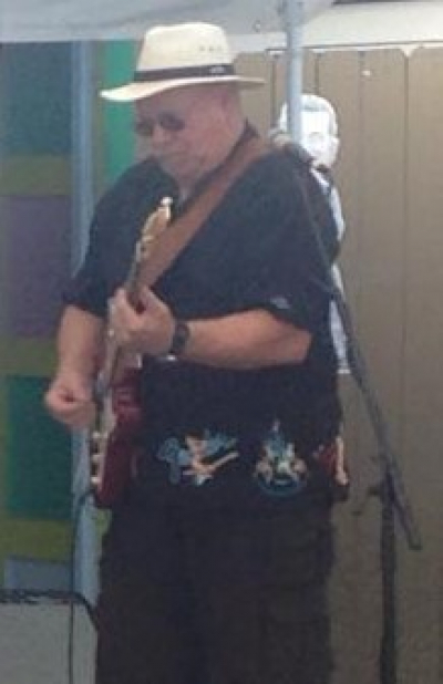 ROGER KARR on the Guitar!