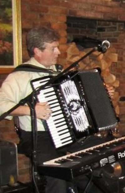 Dommy Lavin, Accordian