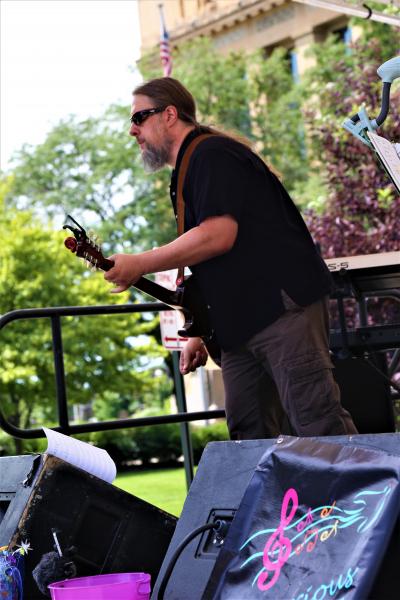 Lean Into it, Pat!  Downtown Guitarist