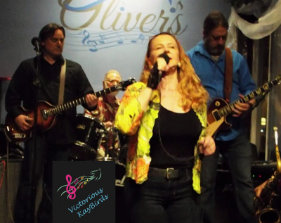 Small Stage but fun crowd and friendly staff at Oliver's