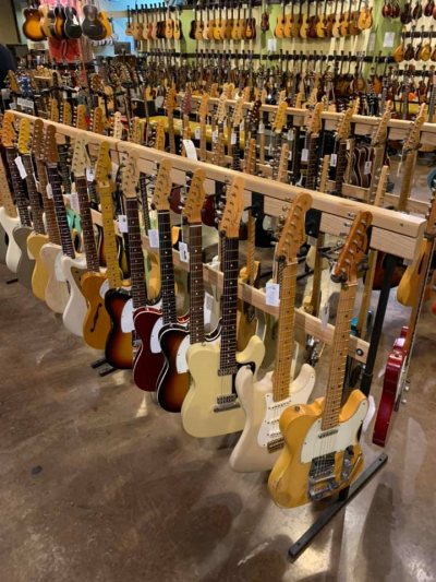 CARTERS Vintage Guitars / Nashville TN