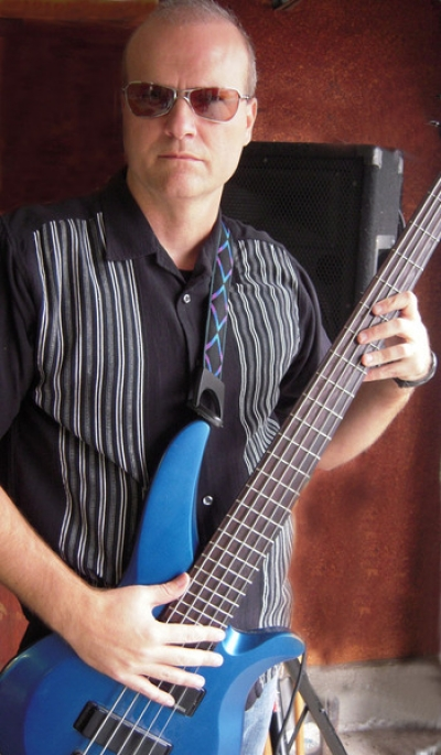 The uber hip, slick and cool singer/bassman Scott Robertson