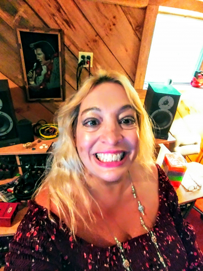 Soul Singer Susan Angeletti 2018 at Shoe String Recording Studios