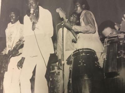 Combo 7 Guyana Iauwata bass,Deryck vocs,Aubrey vocs,Reg guitar,Billy congas, hidden Des Glasford drums