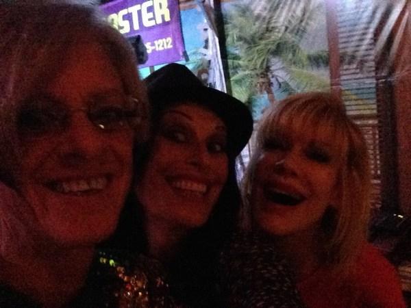 Sharon, Sheri & Vicki at Pineapples