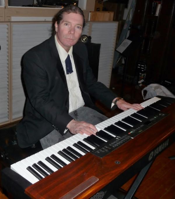 Mark Quinn at the keys