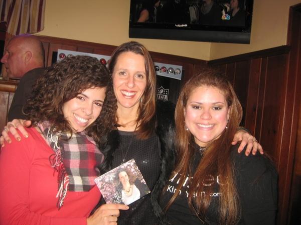 Layane, me and Mayara.  Layane is manager #2 I hope.