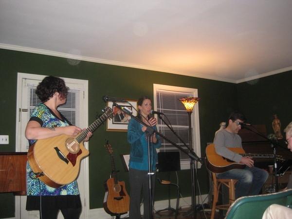 House Concert Series #1 with Jo Wymer, me and Arlon Bennet and all the angel bubbles surrounding us.