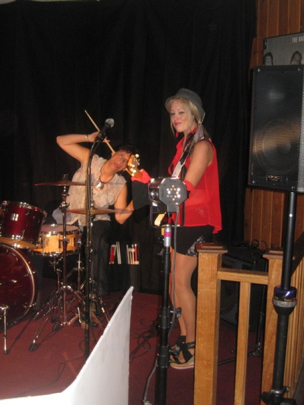 Lisa Bouchelle and Dori Sabella from Gyrl Band backing me up on Barefoot and Bra-less