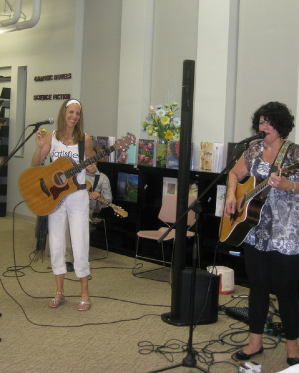 Shaking it up for Jo Wymer on her song Satisfied