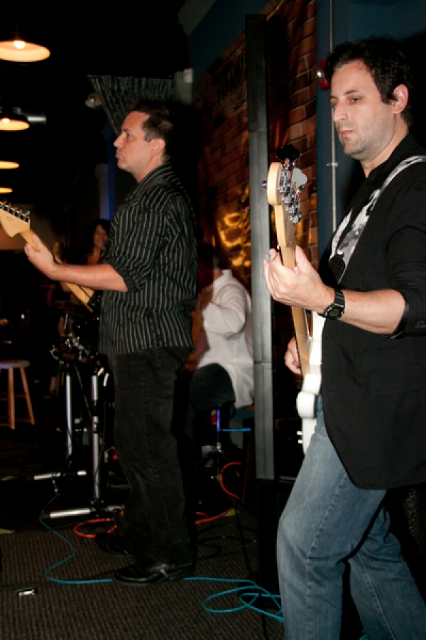 Paul Myatovich on guitar and Mike Thompson on bass Photos by Sheila Norkis of SheilaNorkis.com