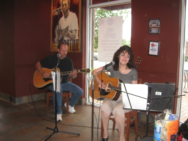 Barbara Harley and Al Lind share their musical talent!