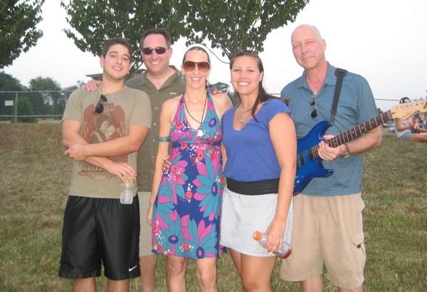 Kim Yarson and the Volunteers band 1: Matt Schifano, Joe Chianese, Me, Marisha Jakubicki and Gary Jakubicki.