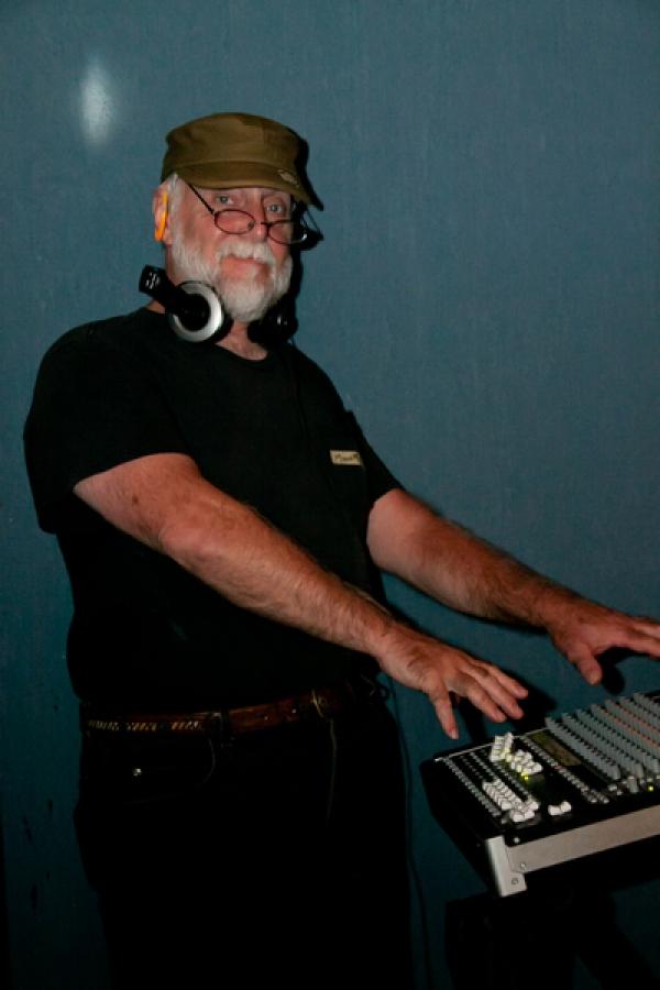 Mark Foreman, the sound man Photos by Sheila Norkis of SheilaNorkis.com