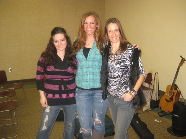 March 2011: Songwriters in the Round Kelly Carvin, Natalie Acciani and me at West Deptford Library
