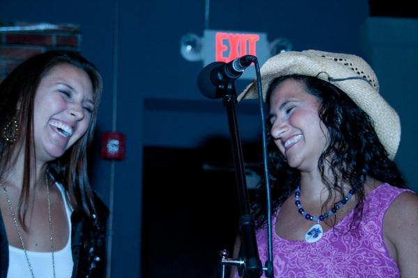 The Bopsy twins Marisha Jakubicki and Sandy Zio having a blast singing Photos by Sheila Norkis of SheilaNorkis.com
