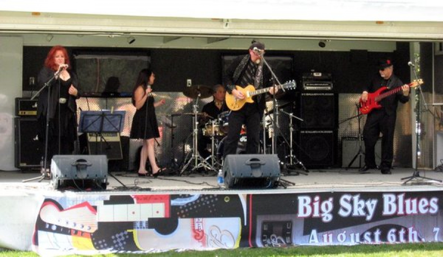 Playing the Bluz at the Big Sky Blues Festival 2011- and what a fabulous festival it was!!! Beautiful Noxon, Montana, great music, wonderful bands, mountains, river, beautiful people...it doesn't get any better! Everyone come next year for sure! Thanks an