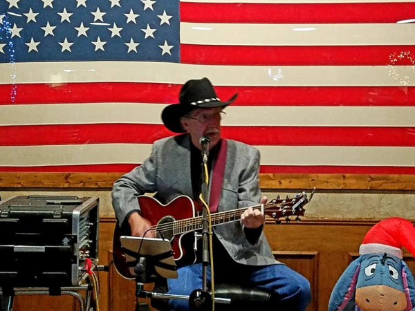 Billy at Irving Tx. Elks Lodge 2334 - Photo By - Jim Rogerson