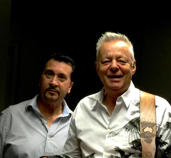 THIS MAN IS AS INCREDIBLY HUMBLE AS HE IS A MUSICIAN. MR. TOMMY EMMANUEL, WOW!!!